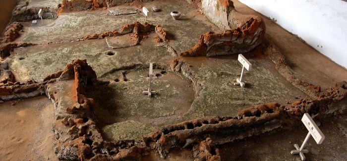 郑州大河村遗址发现5000多年前陶器作坊区