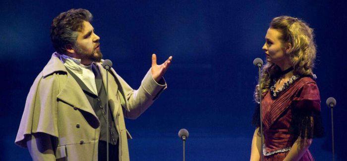 法语音乐剧版《悲惨世界》音乐会首次在法国境外演出