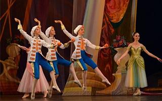 中芭版舞剧《灰姑娘》幕后的动人故事