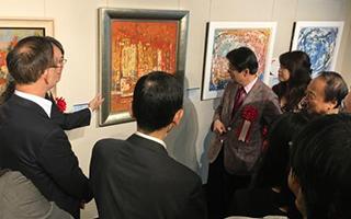 上海现代油画精品展亮相东京日中友好会馆美术馆