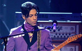 Prince 生当极致灿烂