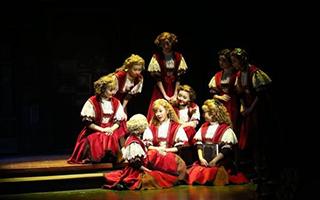 中国儿童艺术剧院推出14场演出 展传统文化魅力