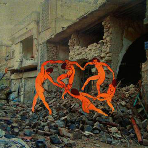 当经典画作叠放在被轰炸的建筑上