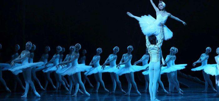 """纽约城市芭蕾舞团 """"巴兰钦之夜""""登陆上海大剧院"""