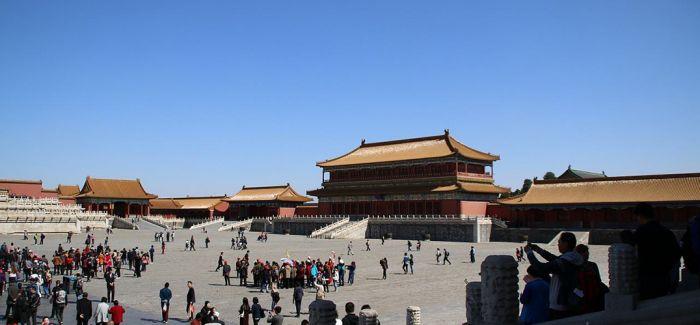 开发旅游产品 提高旅游科技含量 激发旅游市场活力