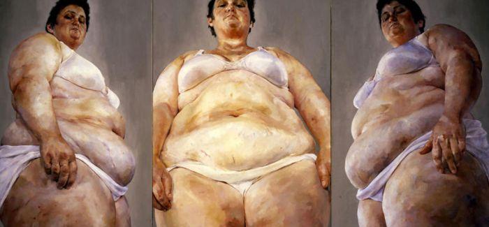 珍妮·萨维尔 用赤裸表达寻求平等的意愿