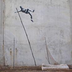 神秘班克西丨千万名画自毁成碎纸 不按套路出牌的他到底是谁?