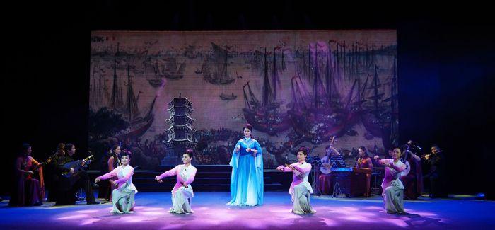 第十届中国曲艺牡丹奖颁奖典礼在江苏扬州举行
