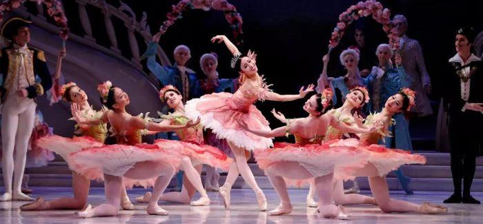 澳大利亚芭蕾碰上中国广场舞