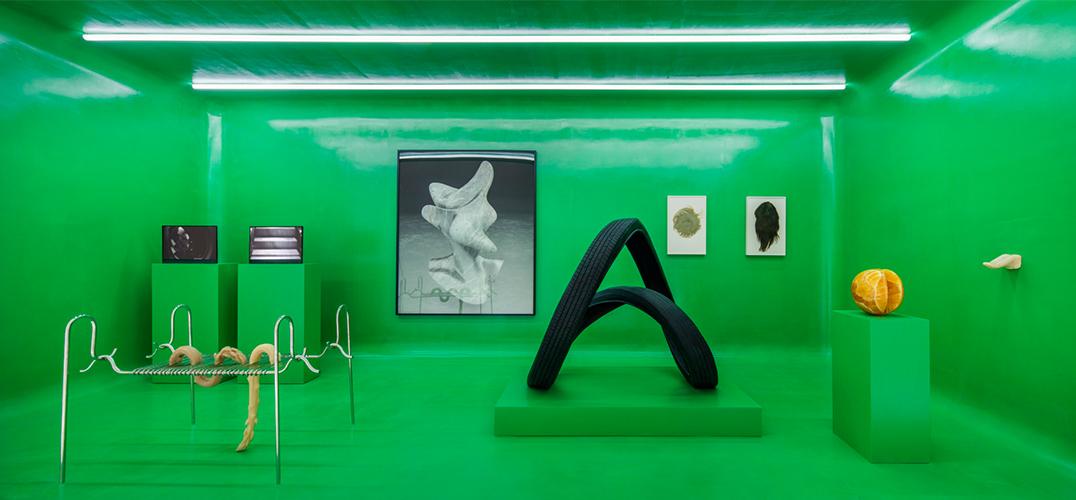 《The Artist Is Present》展览于上海开展