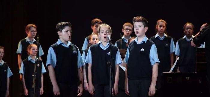 """法国圣马可童声合唱团献唱""""神秘曲目"""""""