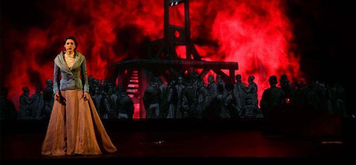 音乐剧《摇滚红与黑》把于连搬上中国舞台