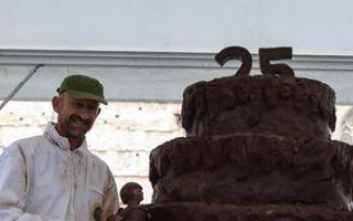 欧洲巧克力节 把巧克力雕成艺术品