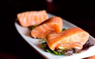 红鲑鱼白鲟鱼与酱