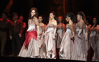 陕西大剧院版歌剧《卡门》在西安上演