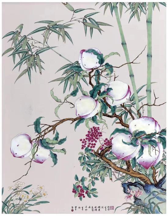 瓷胎画珐琅八桃瓷板
