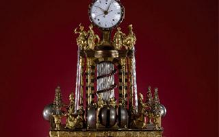 承载文化交流的宫廷钟表