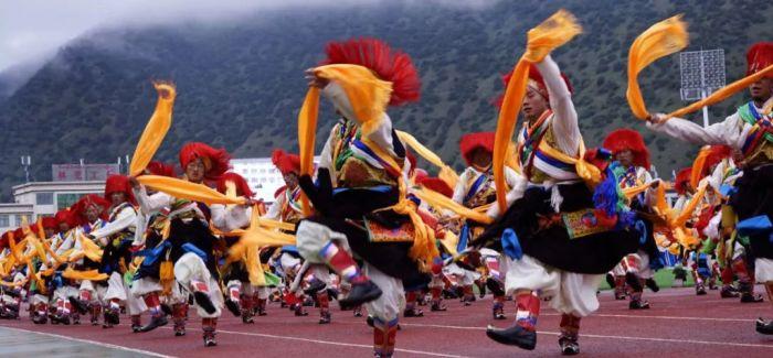 中尼边境西藏吉隆举办边贸文化旅游节