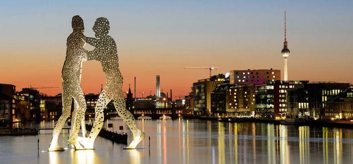 第十一届柏林双年展策展人名单出炉