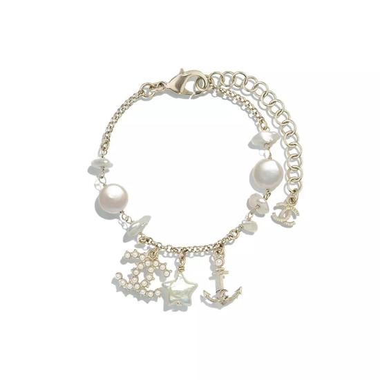 Chanel 香奈儿淡水珍珠手镯
