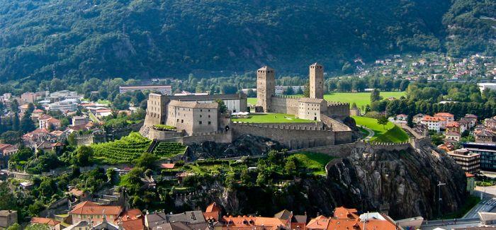 贝林佐纳 与世无争的古城之美