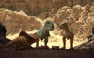 动画电影《恐龙王》展示浓浓合家欢氛围