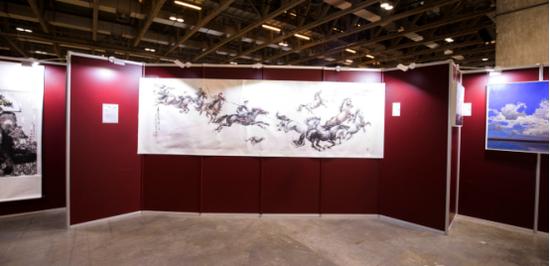 现当代艺术板块,郭迪康《大漠古道一日千里》