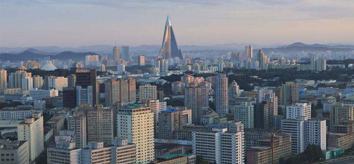 朝鲜 时髦与复古并存