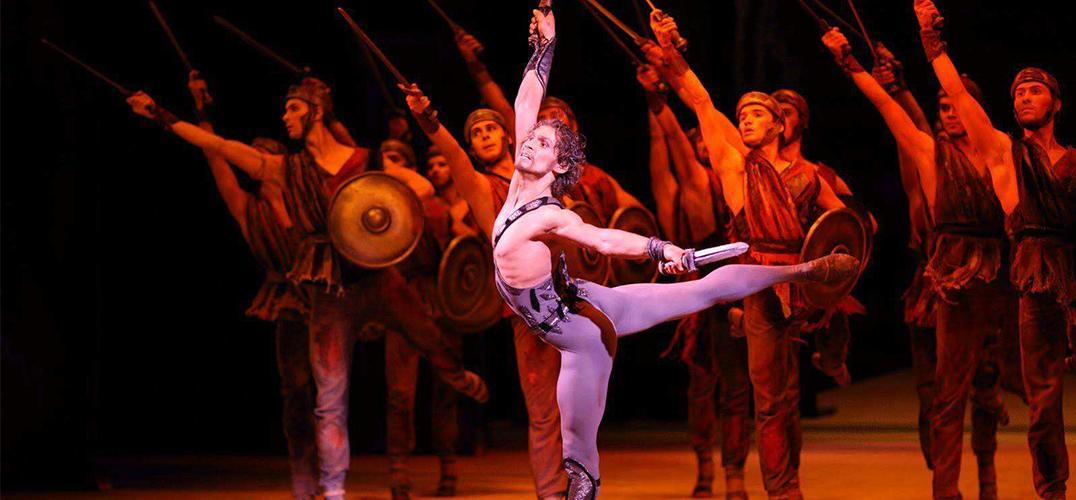 俄罗斯六大芭蕾舞团齐聚上演足尖盛典