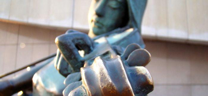 城市雕塑的现代语言转化