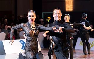 """""""一带一路""""厦门国际标准舞世界公开赛举办"""