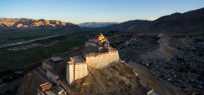 """西藏粮仓 """"金色""""江孜"""