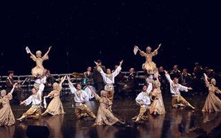 俄罗斯红军歌舞团大型歌舞音乐会在青海大剧院上演