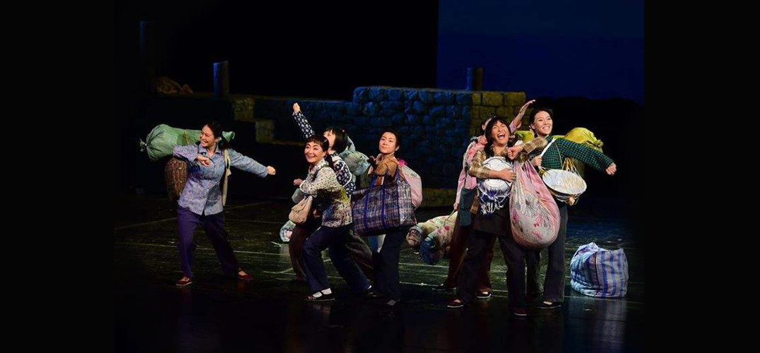 上海美琪大戏院两部话剧演绎改革开放40载