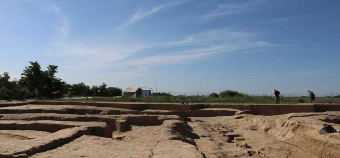 延安芦山峁遗址建筑群 或为中国最早宫城