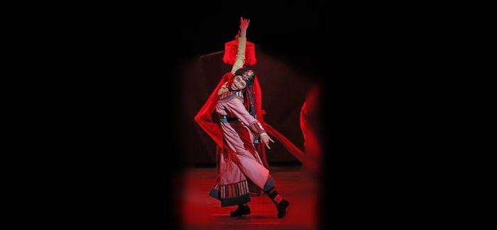 """民族舞剧《天之路》""""跳出""""青藏铁路"""