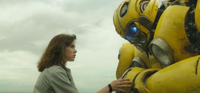 《变形金刚》首部衍生片《大黄蜂》幕后更强大