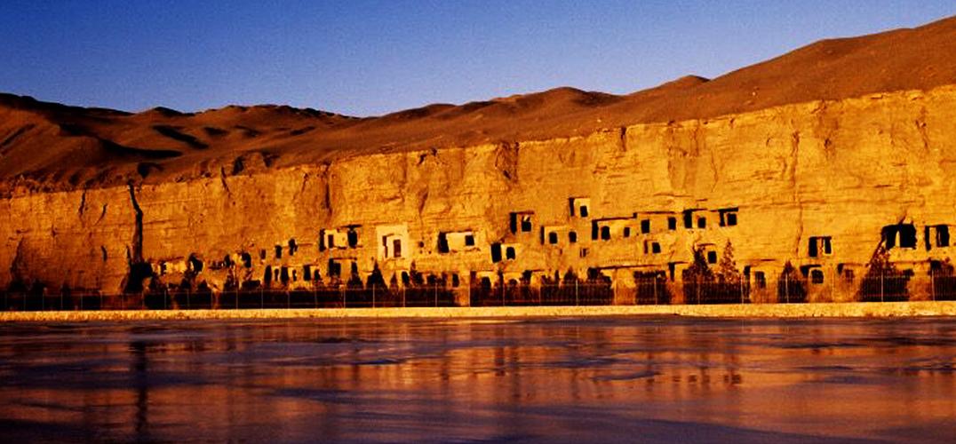 40年游客量增4500倍 敦煌遗产保护与开发并重