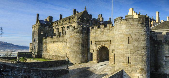 在城堡中穿越