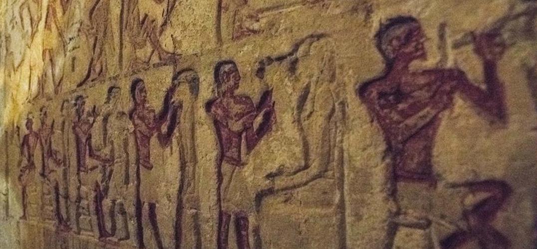 埃及发现距今4400年的王室祭司墓葬
