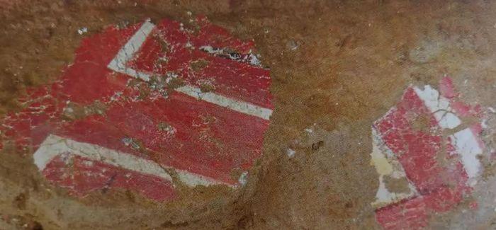 陕西石峁遗址发现30余件精美石雕