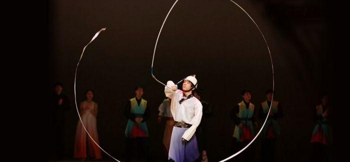 中韩共同出演全息舞台剧《阿里郎 大地之歌》