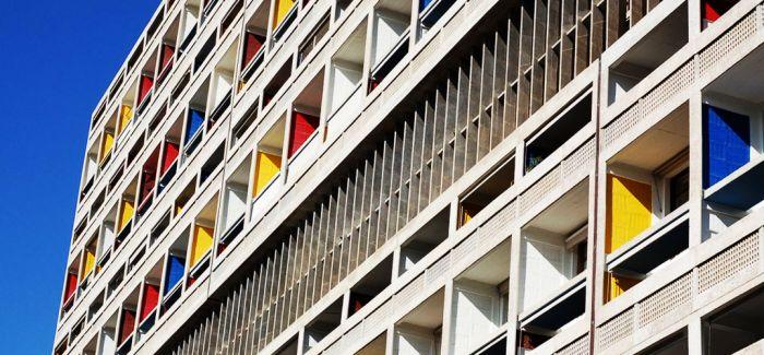 """在勒·柯布西耶的建筑与色彩中""""沉沦"""""""