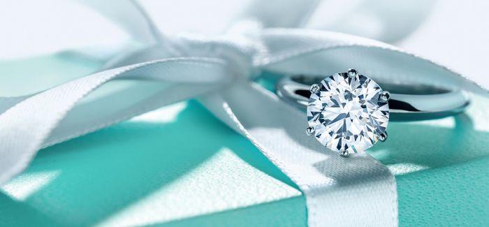"""奢侈品珠宝的""""保值款"""""""