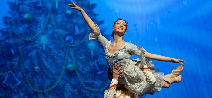 高清影像传来英国前沿芭蕾作品