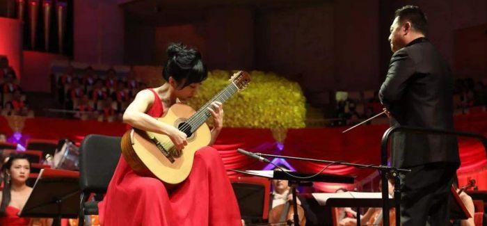 音乐中的春节文化