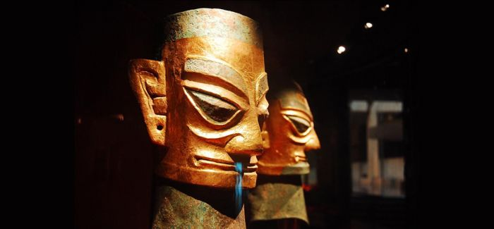 从考古成果中解密三星堆蒙面铜人