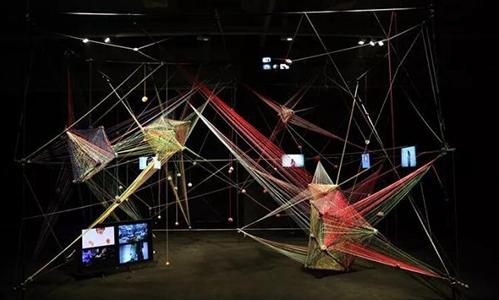 ﹁墙势力﹂青年艺术家公益展