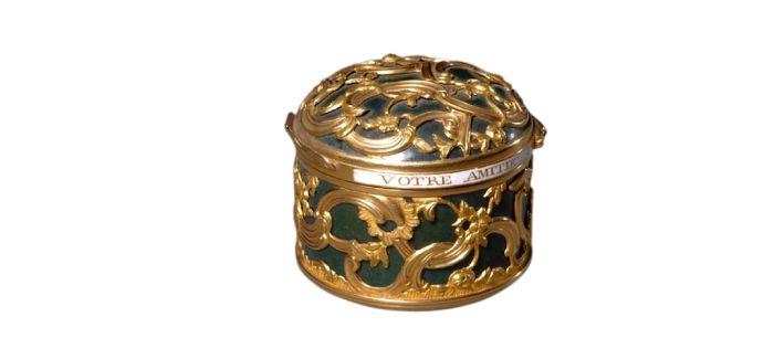 粉盒:古韵悠悠 余香淼淼
