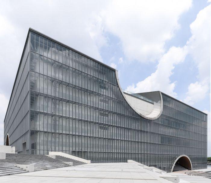 tadao_ando_poly_grand_theatre_photographed_yueqi_li_photography_architecture_shanghai_dezeen_2364_col_18